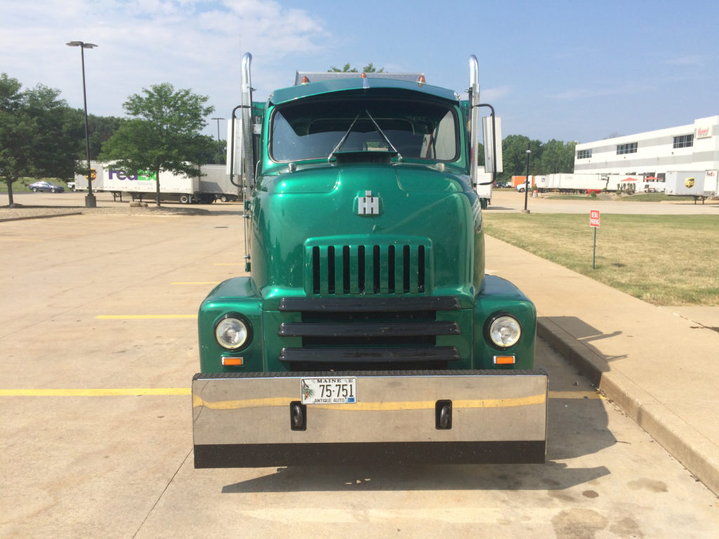 International-S-Series-Flatbed-COE-Grille