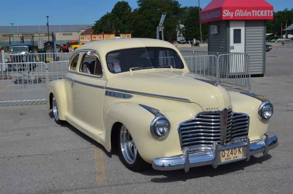 Creme-Buick-Super