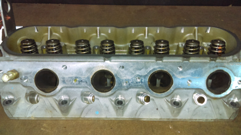 L77 cylinder heads by gumtree