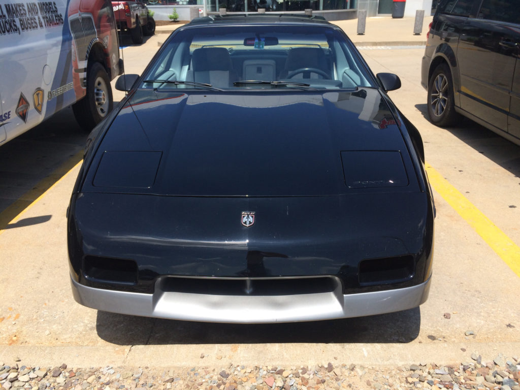 1985-Pontiac-Fiero-Lot-Shot-Front