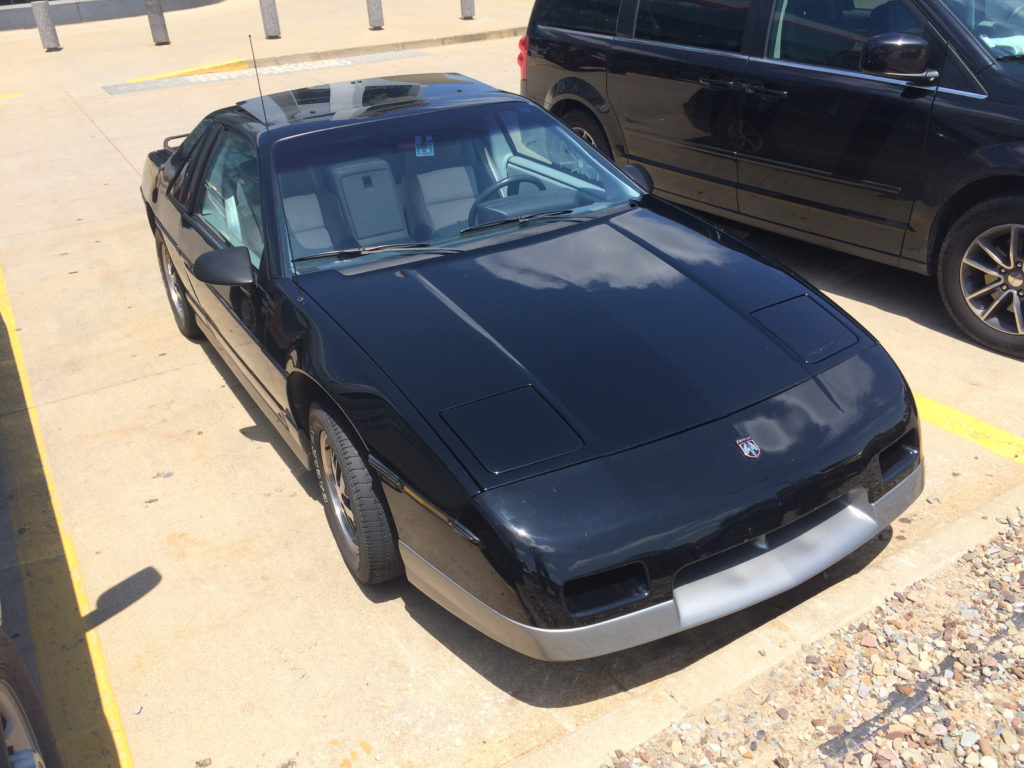 1985-Pontiac-Fiero-Lot-Shot-Front-Passenger-Side