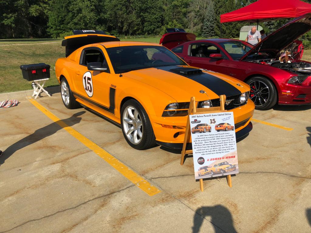 Parnelli-Jones-Edition-Ford-Mustang