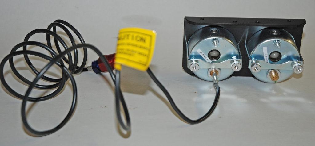 Gauge-3-oil-pressure-water-temp-rear