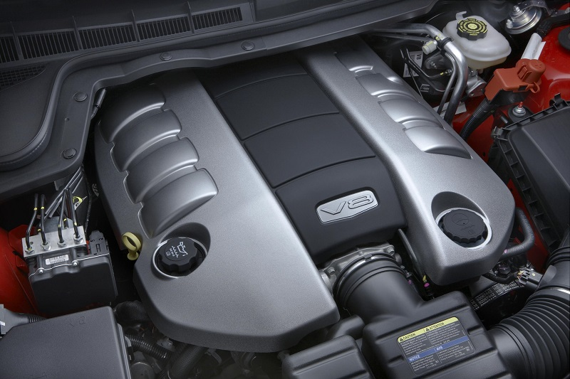 2008 Pontiac G8 GT L76 engine photo by Top Speed