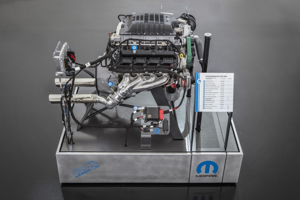 Mopar S New 426 Hellephant Crate Engine Makes 1 000 Hp