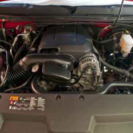 2012 chevy silverado L20 4.8L engine bay
