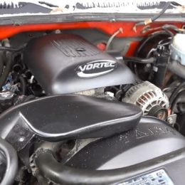 LR4 4.8L Vortec engine
