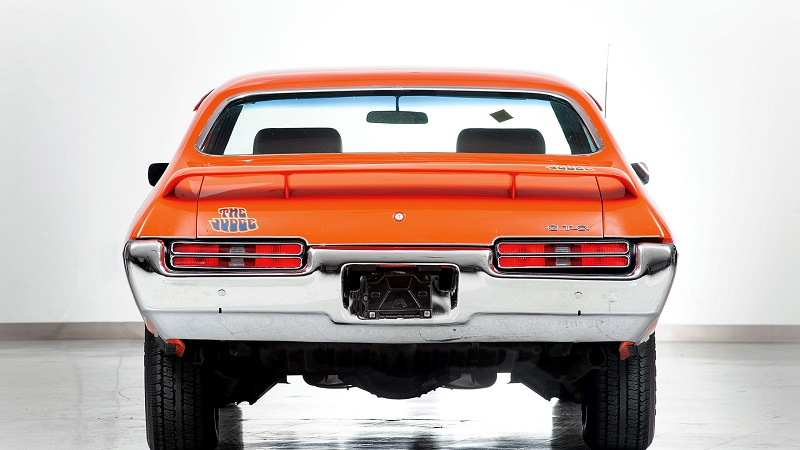 1969-Pontiac-GTO-Judge-rear