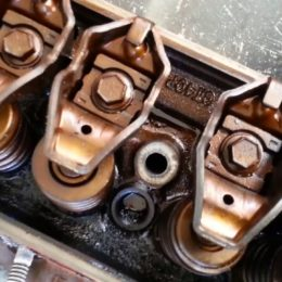 GT40P cylinder heads for ford - harrisoncreamery
