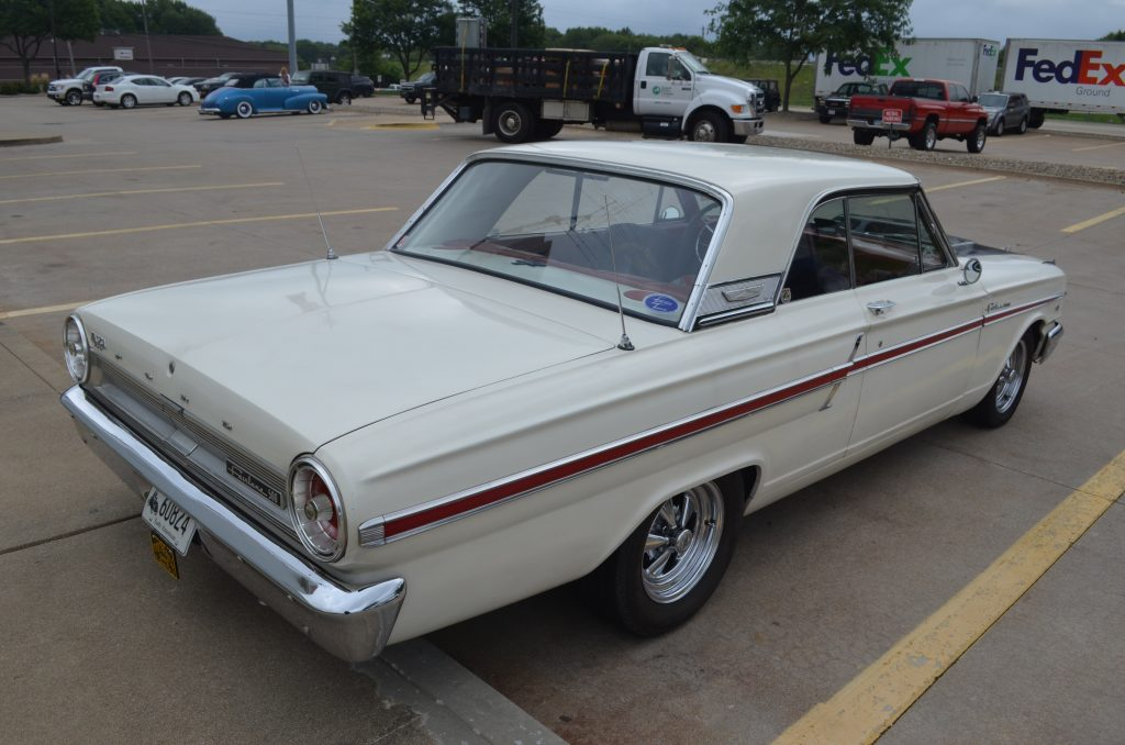 Lot Shots Find of the Week: 1964 Ford Fairlane 500