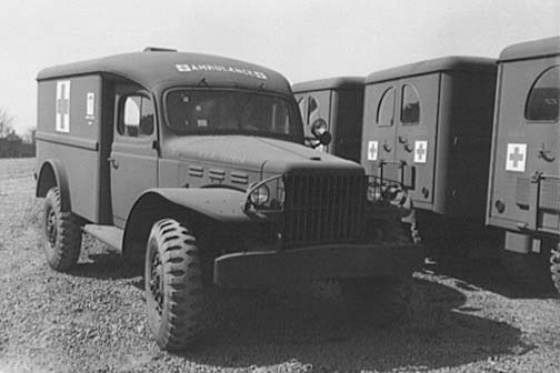 This image has an empty alt attribute; its file name is Dodge-WC54-ambulance-duty-WWII.jpg